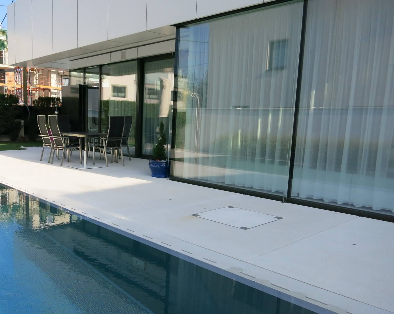 Exklusive, moderne Designervilla mit Pool -  Nähe Alte Donau