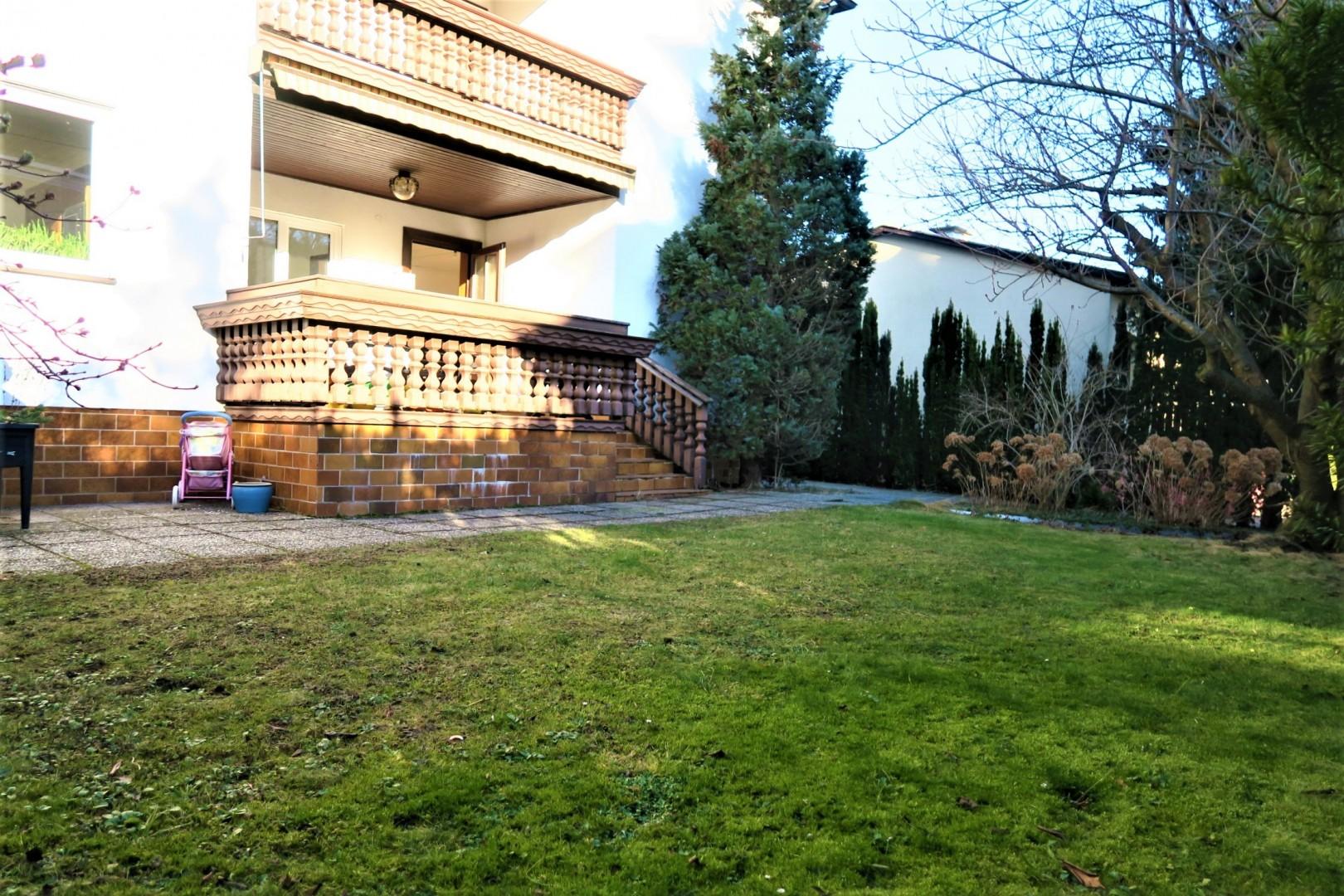 Perfekte Familienwohnung mit schönem Garten, Terrasse und großem Keller!