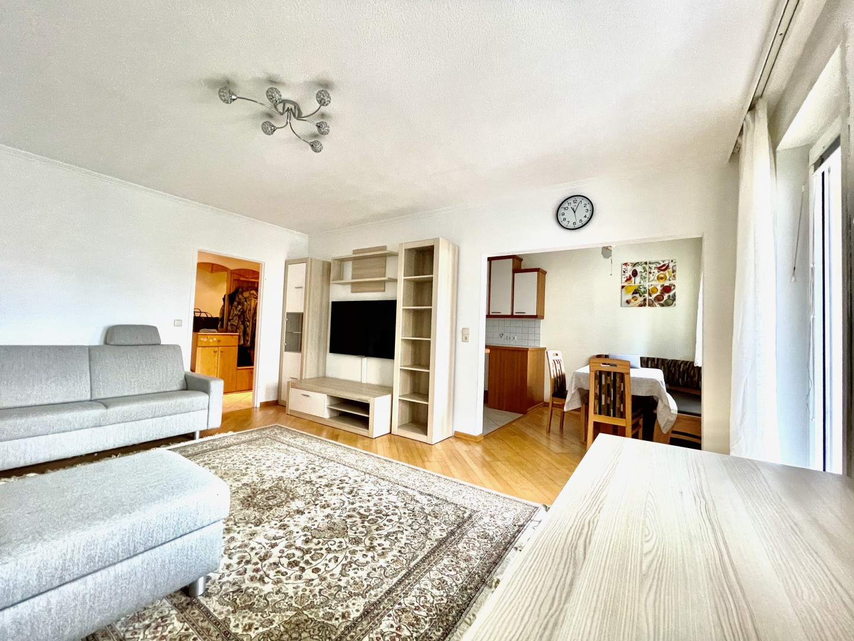 Für Familien geeignet! Neuwertige Wohnung mit geräumigem Balkon