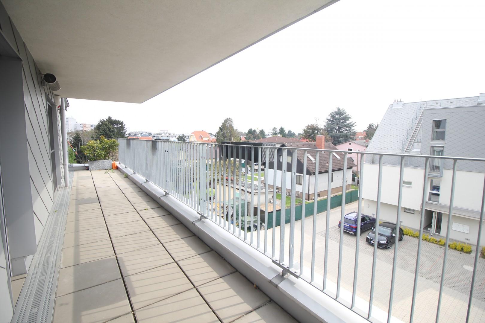 Neuwertige Terrassenwohnung! Nächst U1 Kagran - 13min ins Zentrum