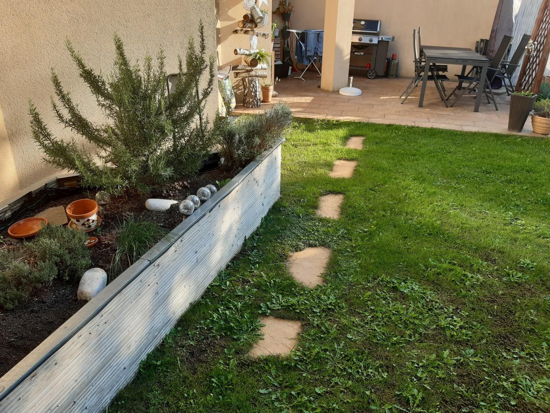 Wohnen mit Terrasse und Garten