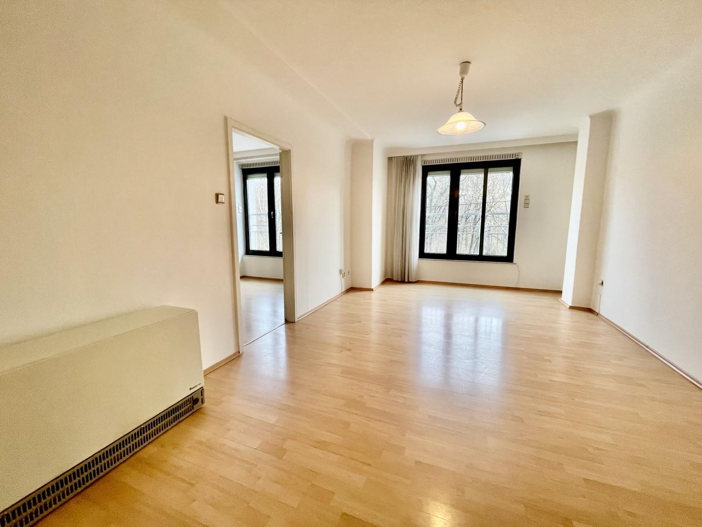 Grosse undzentral begehbare3-Zimmer Wohnung in begehrter Lage - gegenüber des Donaukanals und in Praternähe