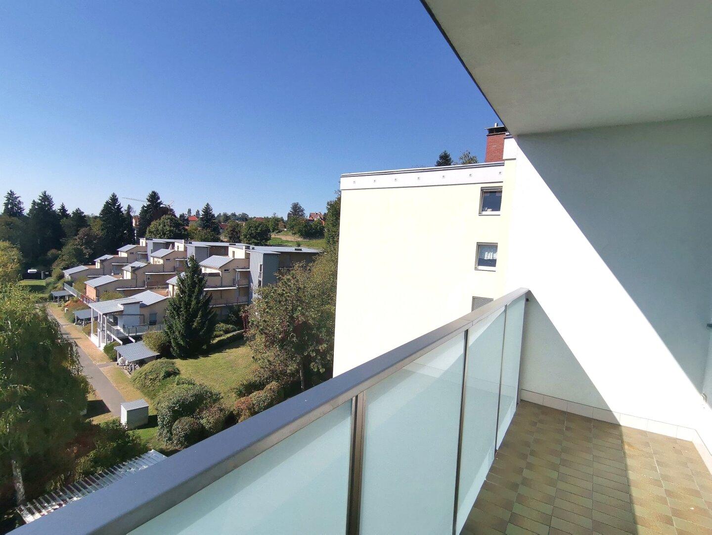 Jetzt schnell sein! Wunderschöner und heller Wohntraum in absoluter Ruhelage mit Panoramablick über Graz!