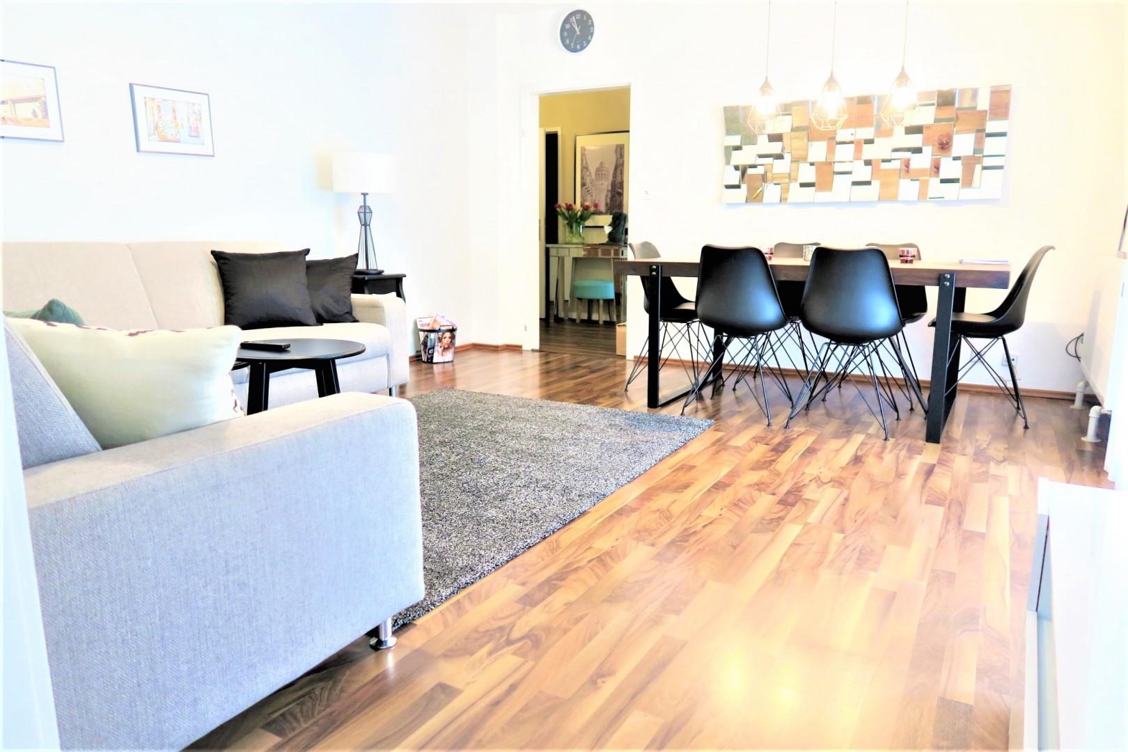Modern und sonnig - perfekte Raumaufteilung mit Loggia!