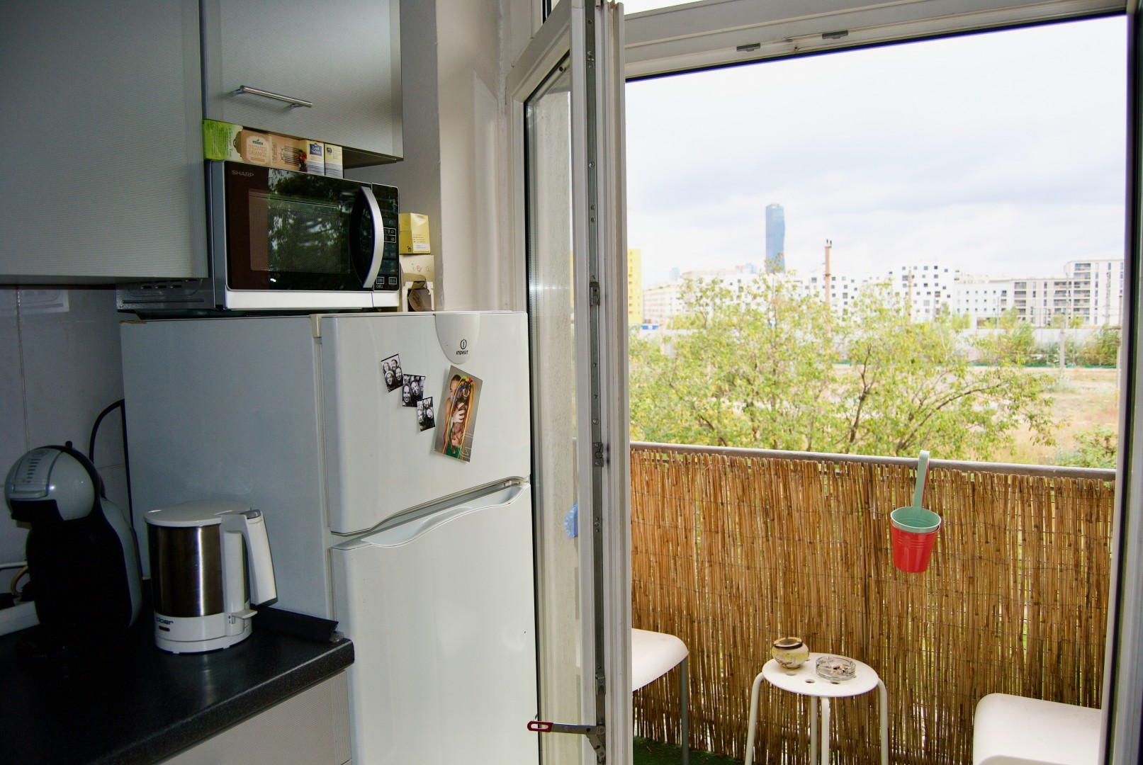 Perfekt angelegte Mini-Wohnung inkl. Balkon mit Weitblick zum Donauturm! Gelegenheit für Anleger!